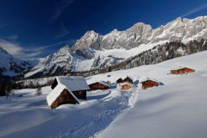 winterlandschaft-almgebiet-dachstein