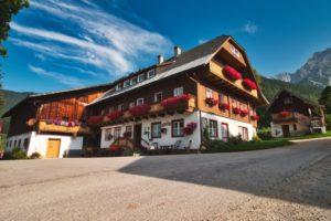 Zeiserhof - Blick zum Bauernhof
